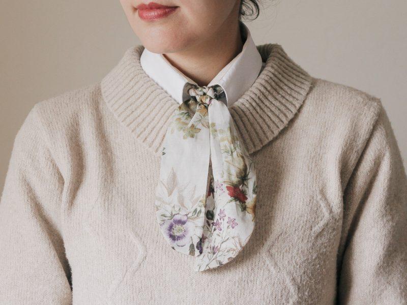 Menina-gravata
